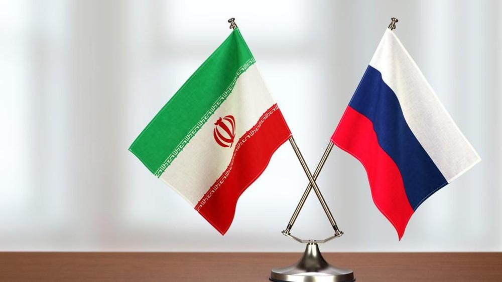 هل تجري إيران مناورات بحرية مع روسيا في بحر قزوين؟