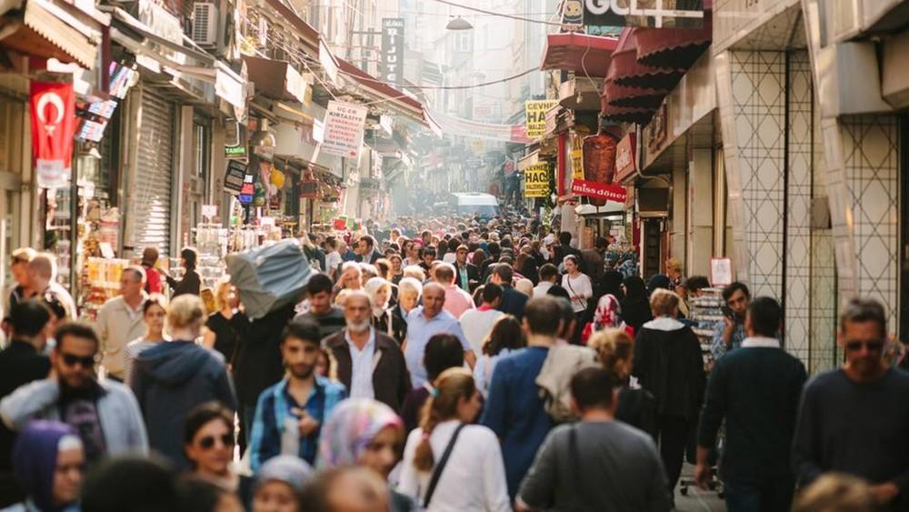توقعات بدخول اقتصاد تركيا مرحلة ركود رغم تحسن المؤشرات
