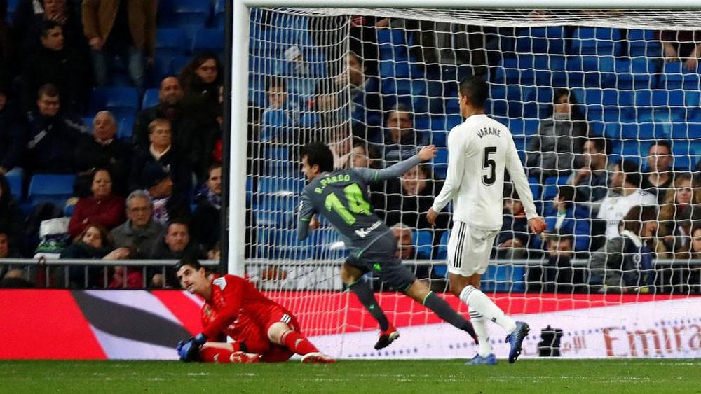 ريال مدريد يواصل التعثر ويخسر أمام سوسيداد بثنائية