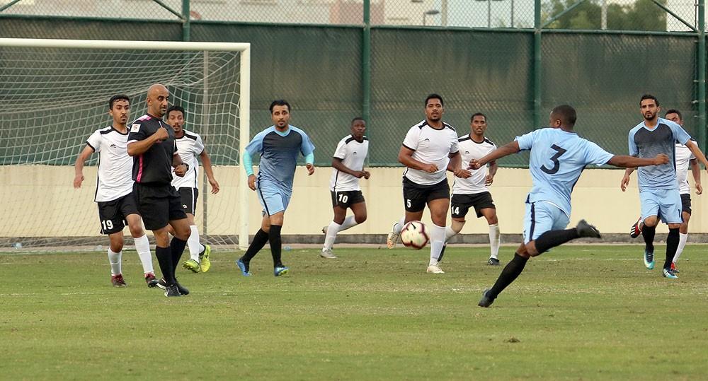 انطلاق أٌولى مباريات دور الثمانية لبطولة كأس القائد العام لقوة دفاع البحرين لكرة القدم