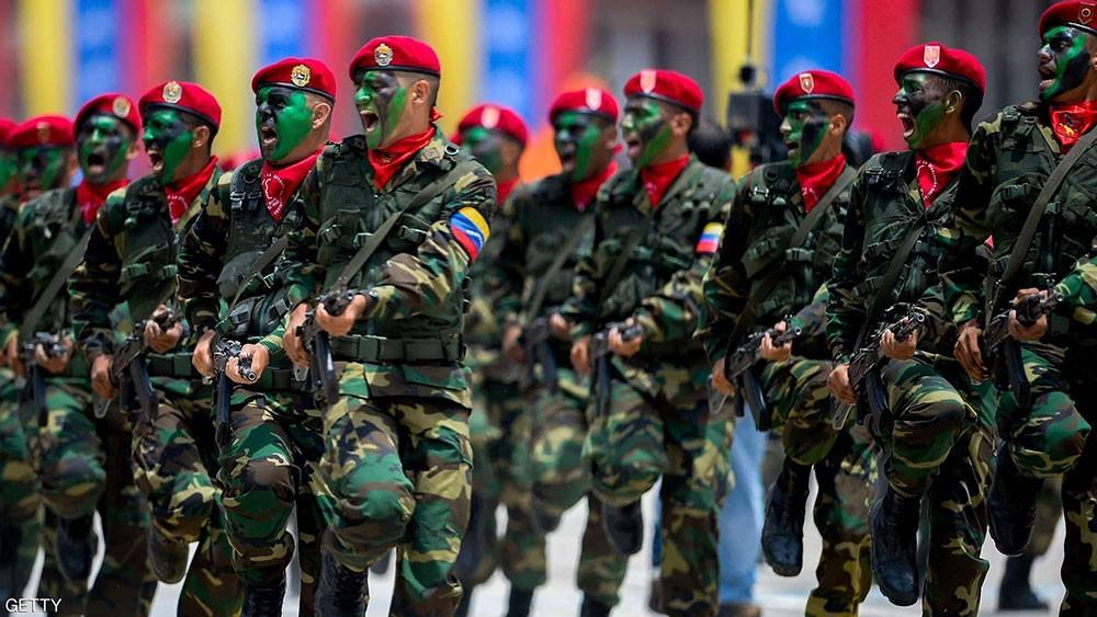 """واشنطن تدعو العسكر في فنزويلا للقبول بانتقال """"سلمي"""" للسلطة"""