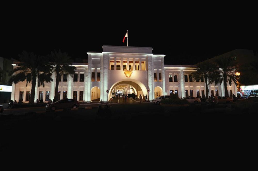"""جولة في المنامة ضمن """"الخامسة بتوقيت الباب"""" الخميس"""