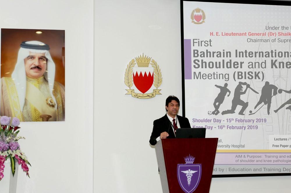 خشونة الركبة يصيب 80 % من البحرينين