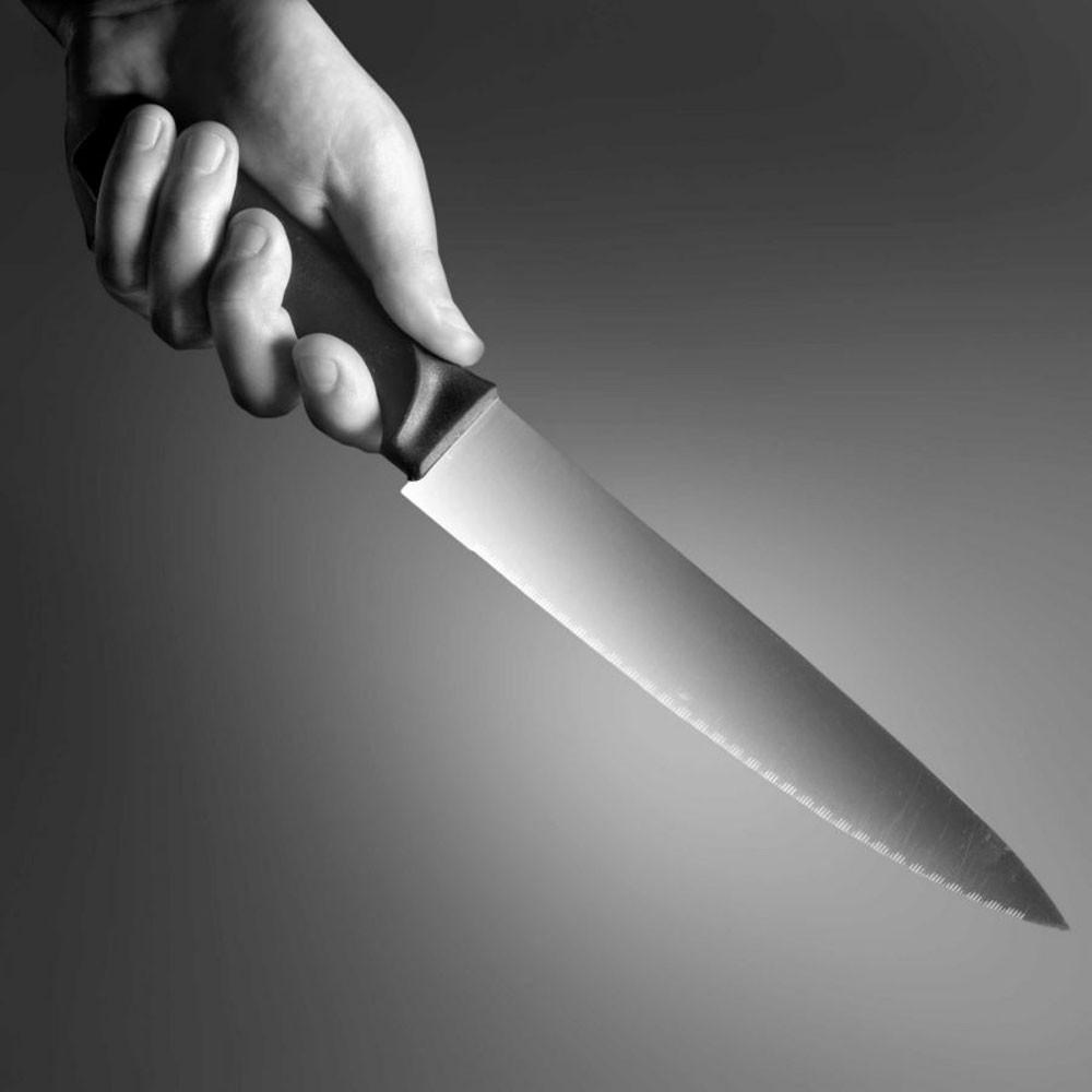 بدء محاكمة خادمة إفريقية شرعت بقتل آسيوية أثناء أدائها للصلاة