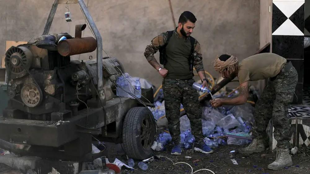 الباغوز.. دروع داعش البشرية تؤخر الحسم