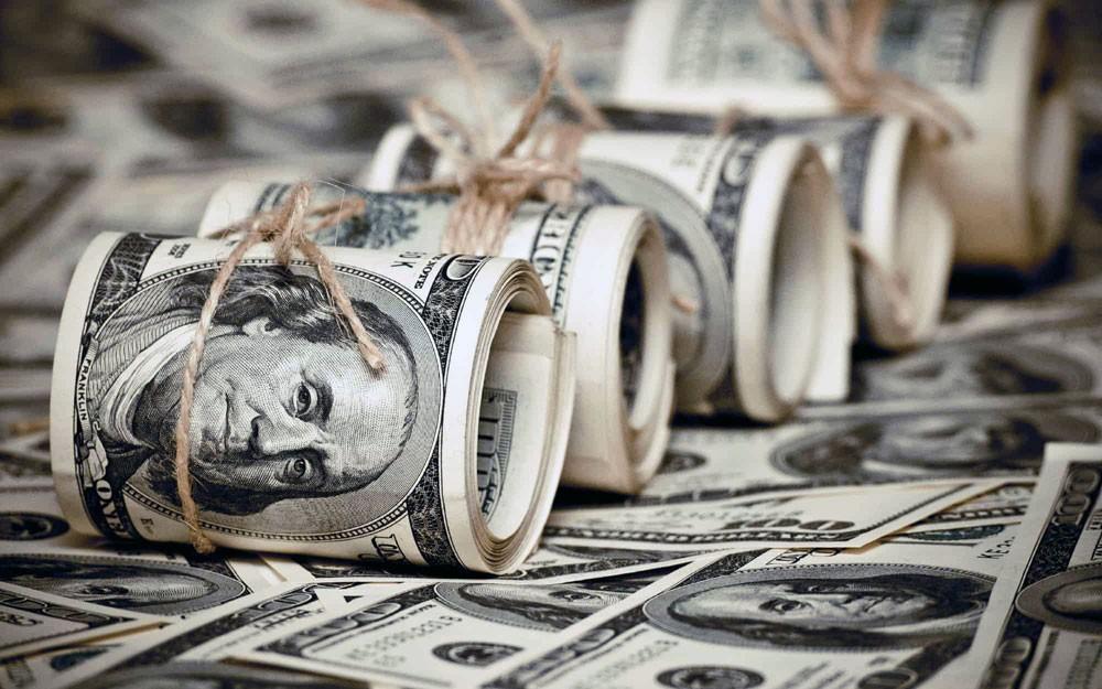 الدولار إلى أكبر انخفاض أسبوعي في 3 أشهر
