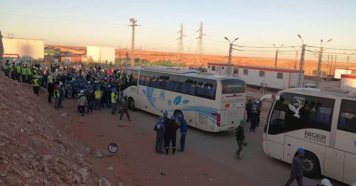 حراك الجزائر..مسيرات حاشدة لعمال شركة سوناطراك بالجنوب