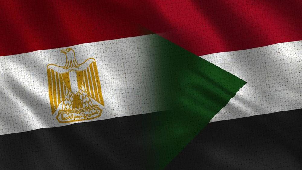 السودان يستدعي السفير المصري في الخرطوم