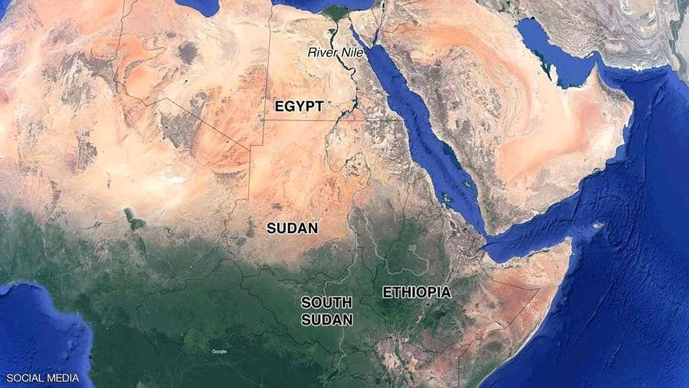 """انطلاق أول رحلة سياحية بين مصر والسودان عبر ممر """"بحيرة ناصر"""""""
