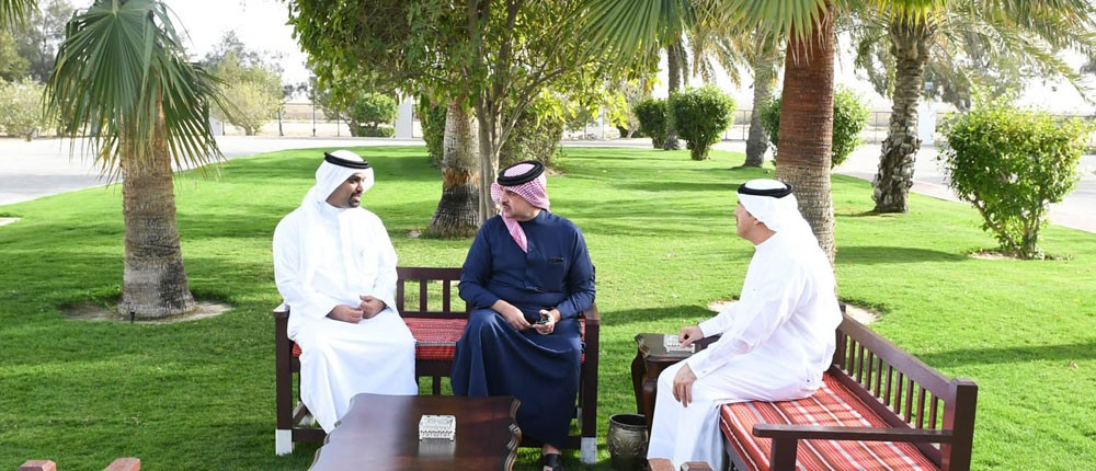 عبدالله بن حمد: تنفيذ مشاريع استثمارية سياحية يعزز موقع البحرين