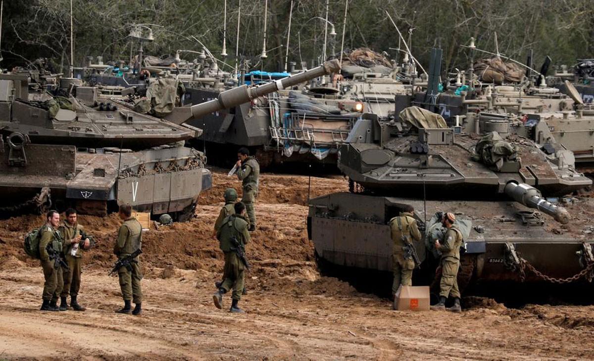 """صاروخ يخترق """"الهدنة الهشة"""".. وقرارات إسرائيلية تجاه غزة"""
