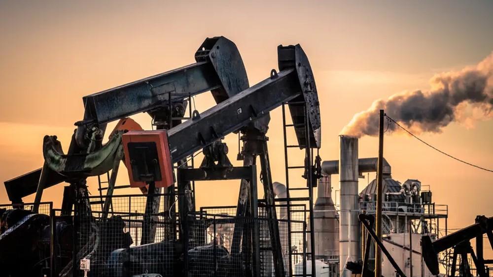أسعار النفط تسجل أكبر مكاسبها الفصلية بـ 10 سنوات