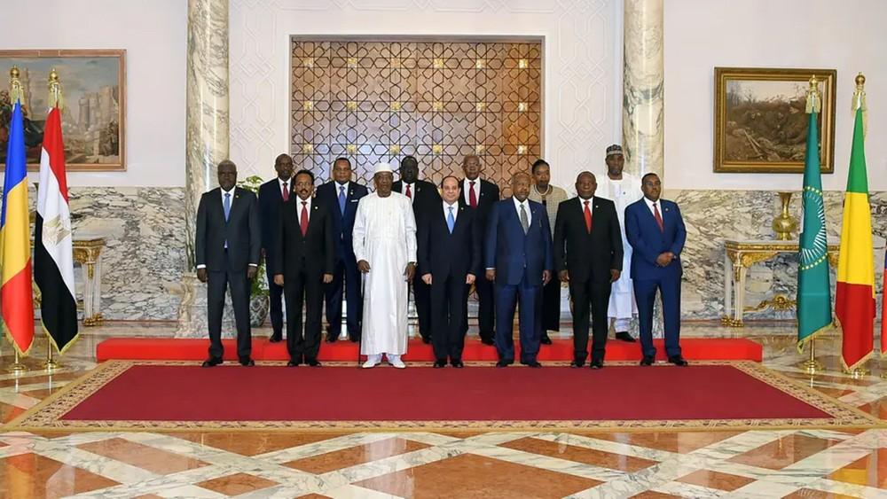مصر.. قمة إفريقيا تطالب بوقف النار في ليبيا
