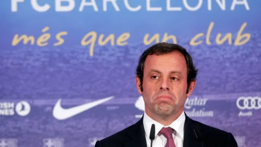 تبرئة رئيس برشلونة السابق من اتهامات بالفساد