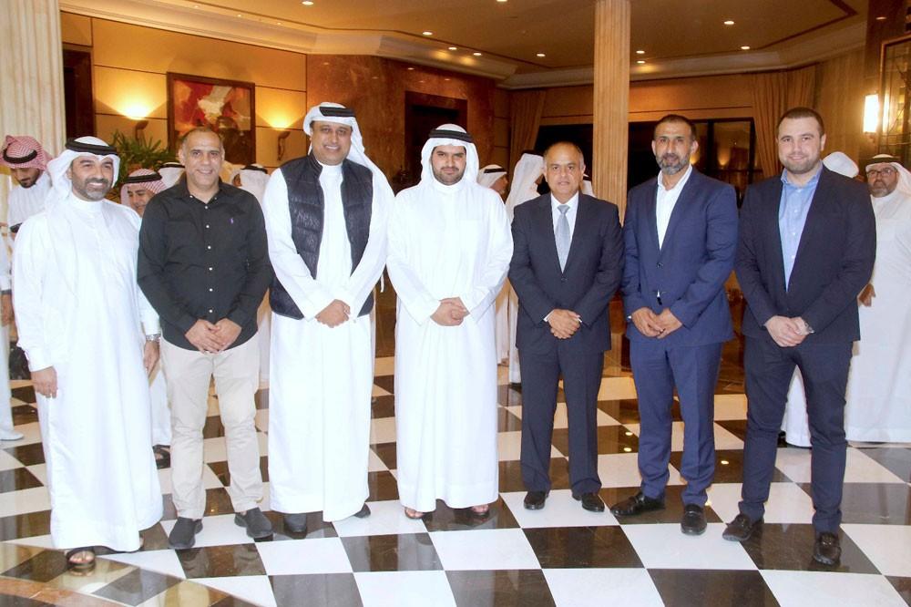 عيسى بن علي يحتفي بالوفود المشاركة في البطولة الخليجية