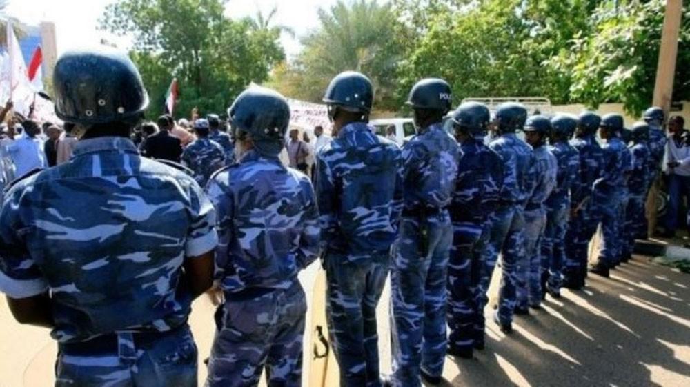 شرطيو السودان في إضراب.. ولائحة مطالب للمجلس العسكري