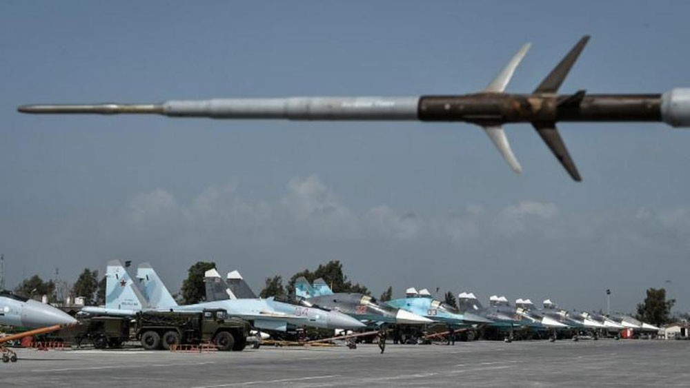 سوريا.. قصف قاعدة حميميم الروسية مرتين