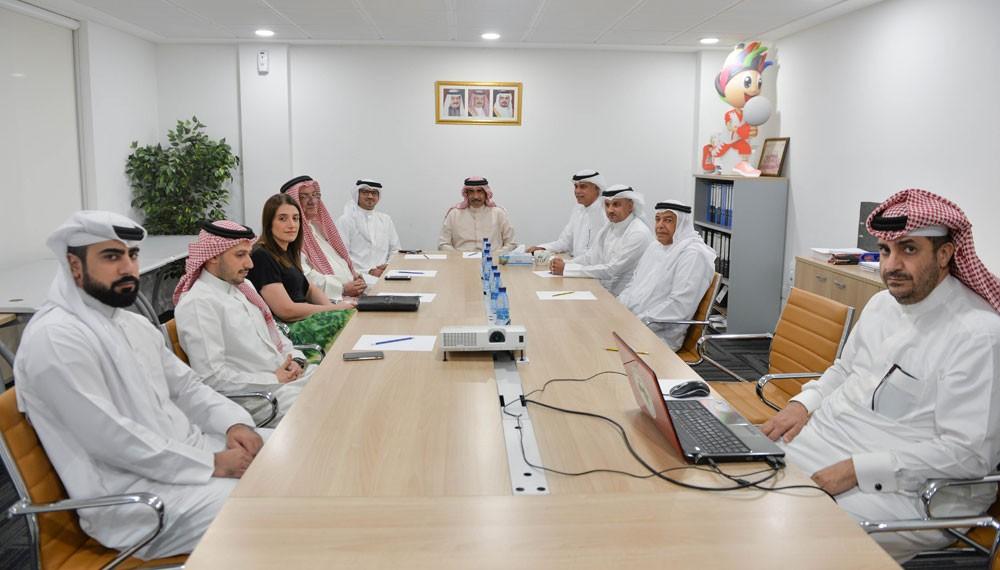 علي بن محمد يشيد بدعم اللجنة الاولمبية لاتحاد الكرة الطائرة