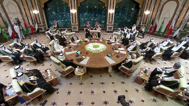 جلالة الملك المفدى يشارك في القمة الخليجية الطارئة