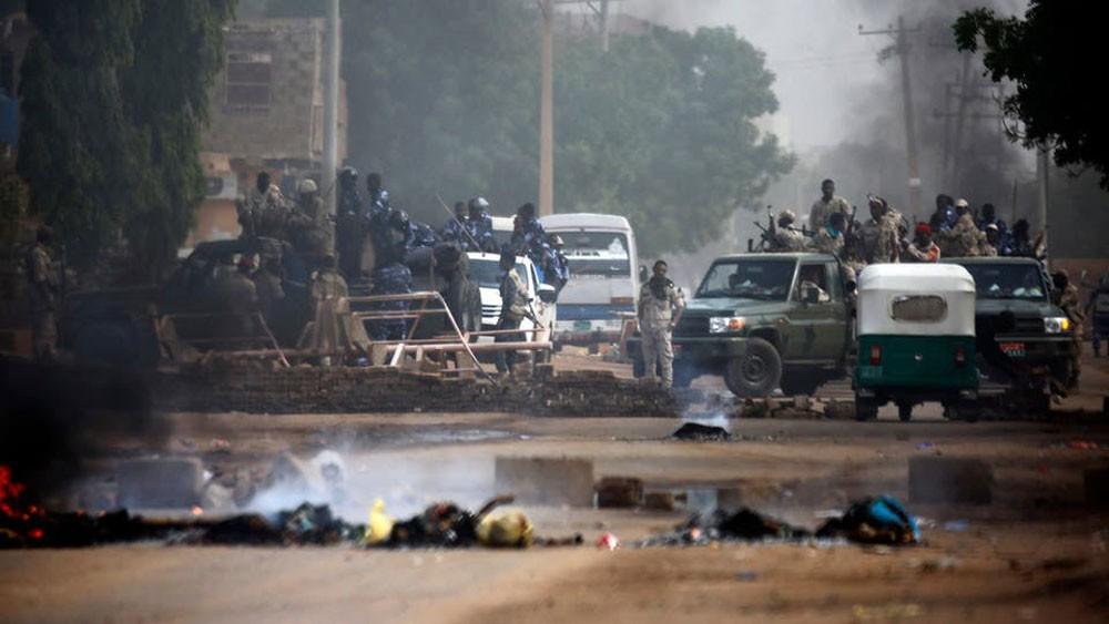 إدانات دولية للعنف بالسودان ودعوات لتشكيل حكومة مدنية