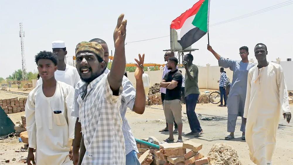 السودان.. اعتقال 68 ضابطاً دبروا انقلاباً على المجلس العسكري