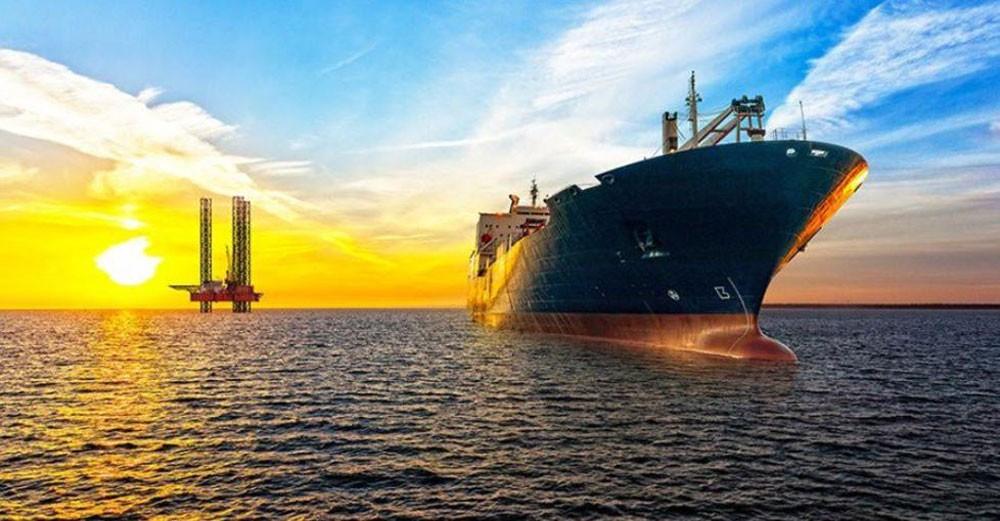 النفط يرتفع 4% وسط آمال باستئناف محادثات التجارة الأميركية الصينية