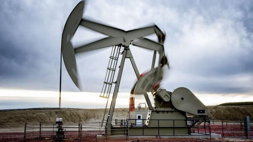 أسعار النفط.. أعلى مستوى في نحو شهر