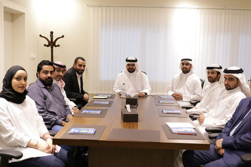سمو الشيخ عيسى بن علي يستقبل لجنة المدربين باتحاد السلة