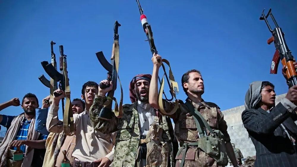 """سحلت وقتلت إحدى قادتها.. إدانات حقوقية لجريمة """"الحوثي"""""""