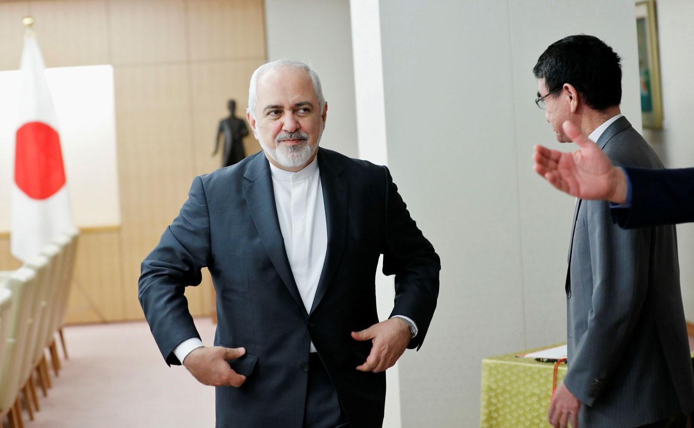 إيران تناور: مستعدون للحوار مع السعودية