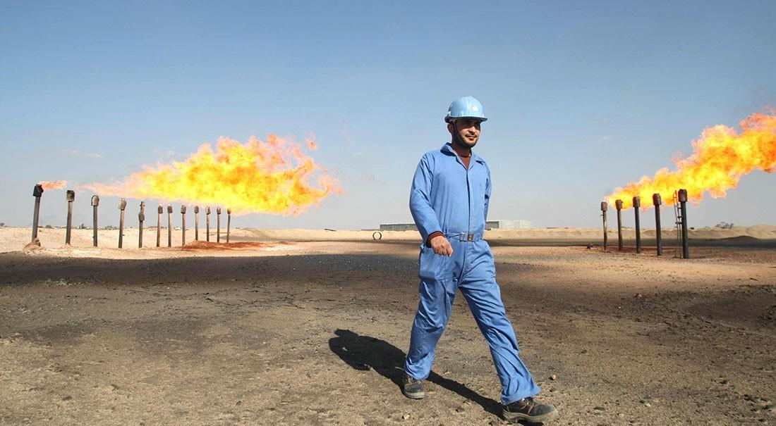 النفط يصعد حوالي 3%