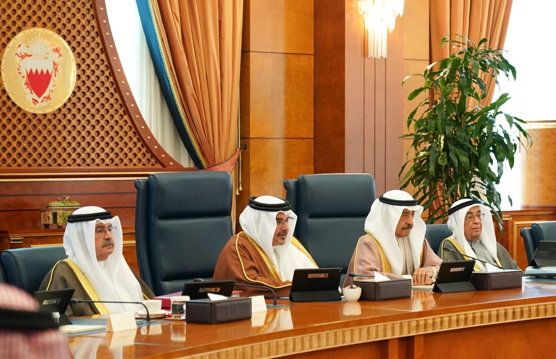 سمو رئيس الوزراء يوجه إلى دراسة تخصيص مشروع إسكاني جديد للدير وسماهيج يقع في حدود القريتين