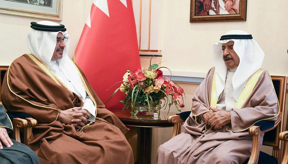 سمو رئيس الوزراء وسمو ولي العهد يؤكدان أهمية تعزيز الأمن والاستقرار في المنطقة