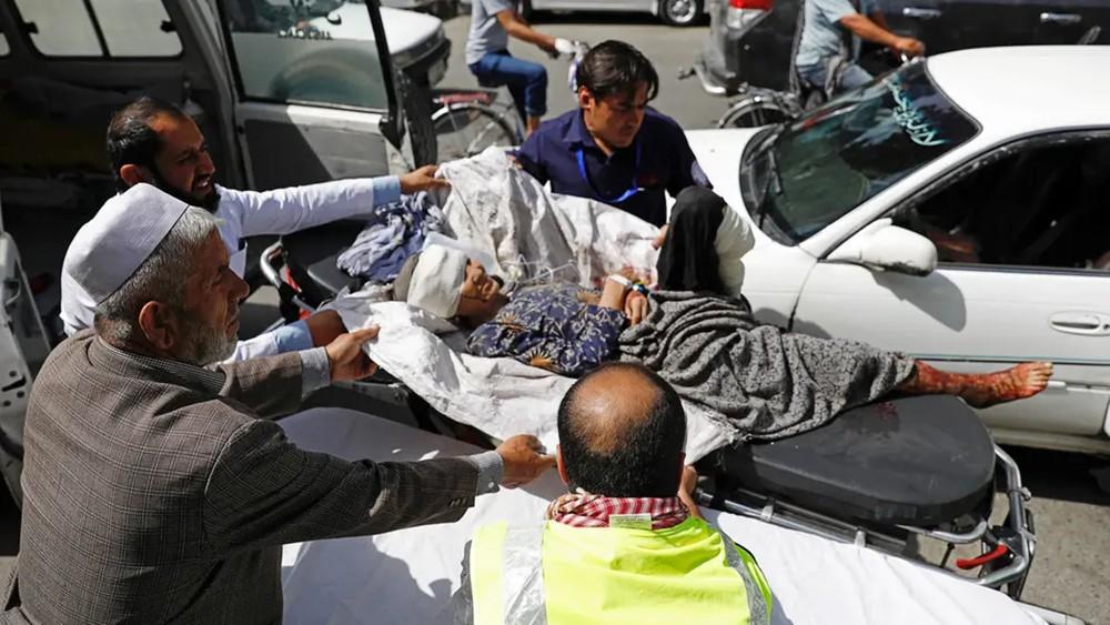 95 جريحاً بانفجار يهز كابول.. وطالبان تتبنى