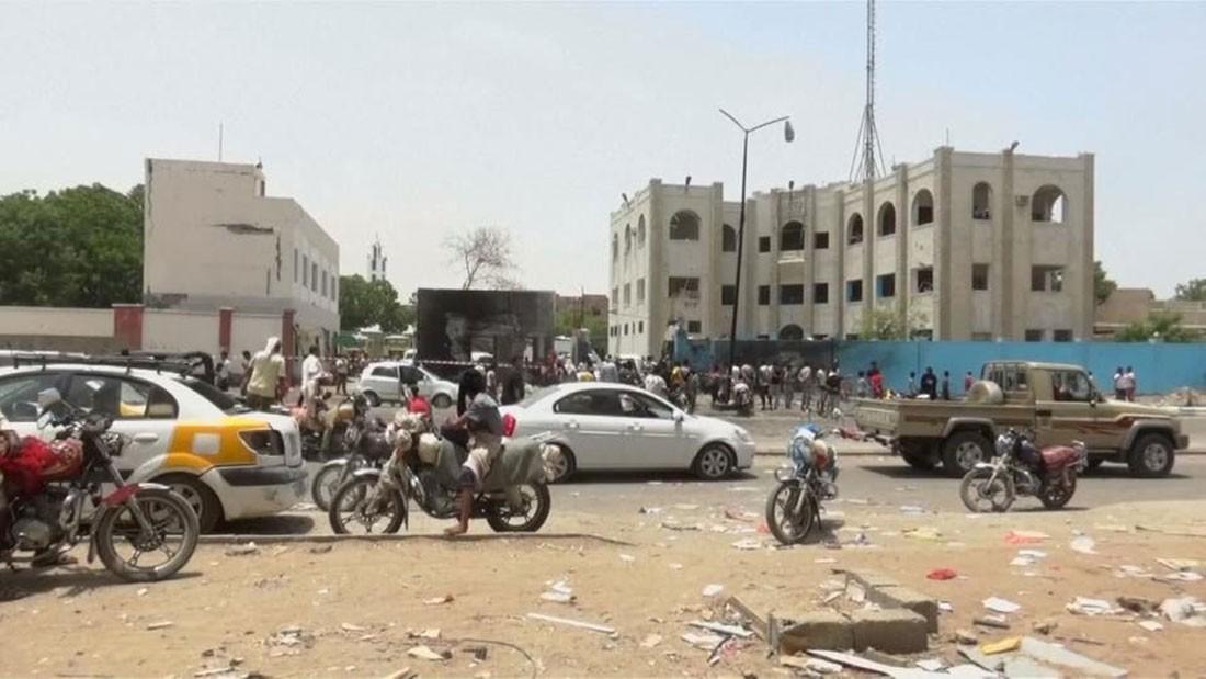 التحالف يطلب وقفا فوريا لإطلاق النار في عدن