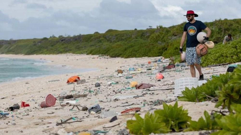 تجديد التحذير.. مخلفات البلاستيك يمتد خطرها لآلاف الأميال