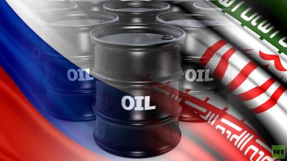 بلومبرغ: هدية نفطية بمليار دولار من ترمب لروسيا