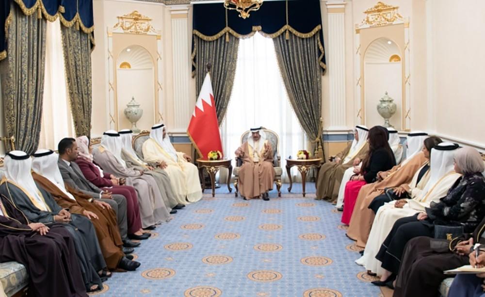سمو رئيس الوزراء يستقبل عددا من أعضاء مجلس النواب