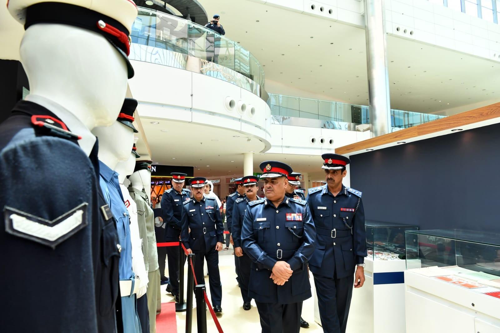 رئيس الأمن العام يؤكد اعتزازه بتاريخ شرطة البحرين وشراكتها المجتمعية