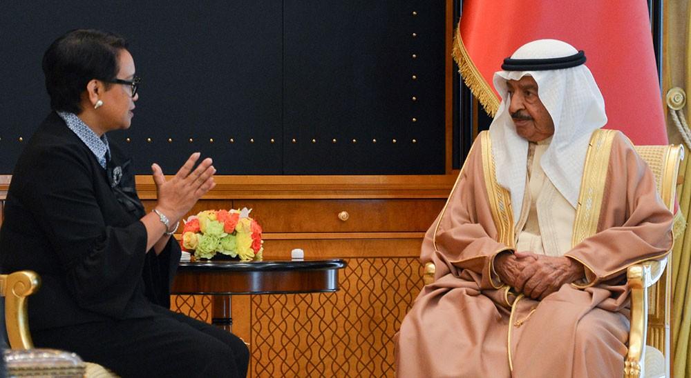 سمو رئيس الوزراء يشيد بمستوى التعاون مع إندونيسيا