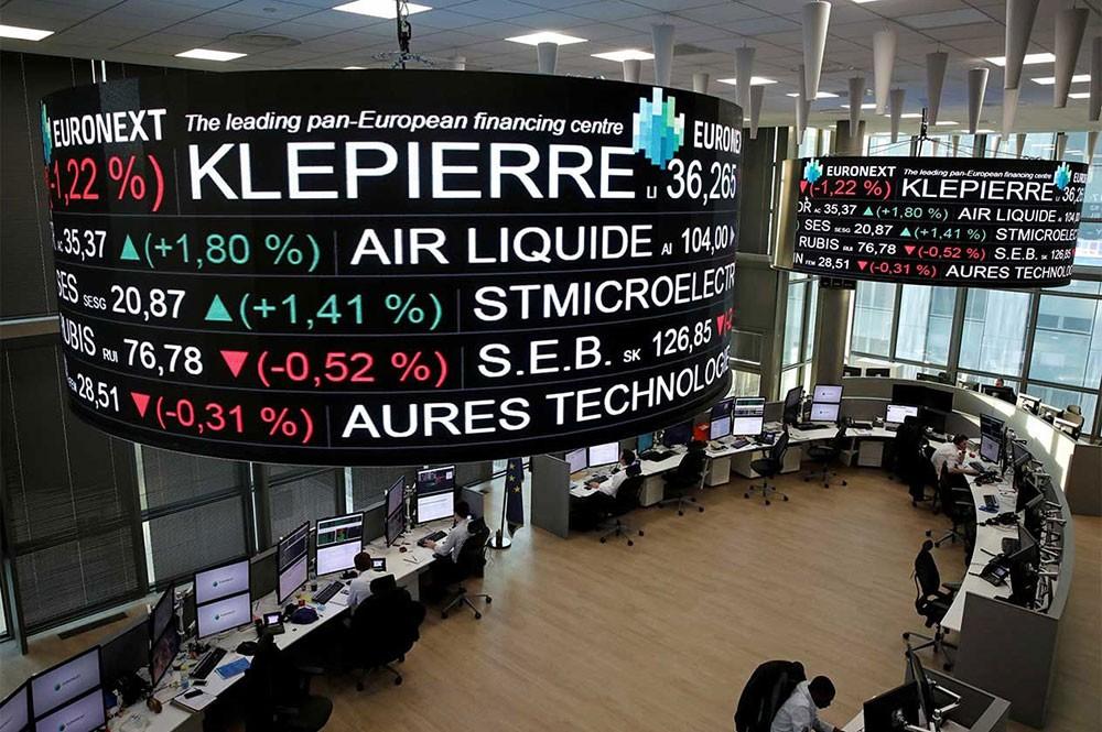 بورصة باريس تغلق على استقرار المؤشر