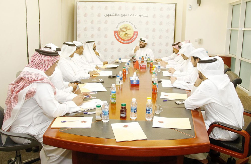 لجنة الموروث تجتمع لمناقشة روزنامة الموسم الجديد