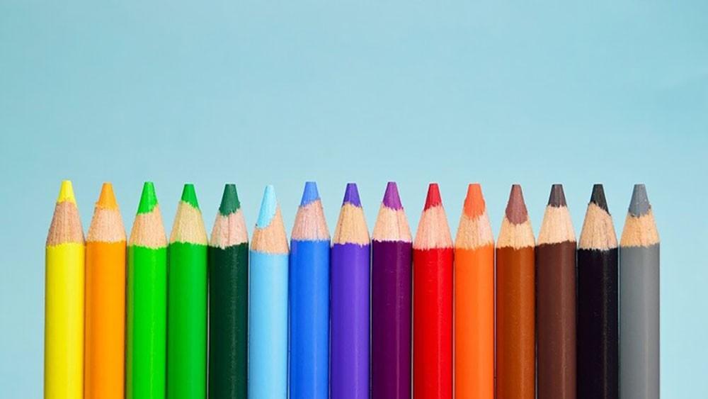 استطلاع يكشف الاختلافات في إدراك معاني الألوان حول العالم!