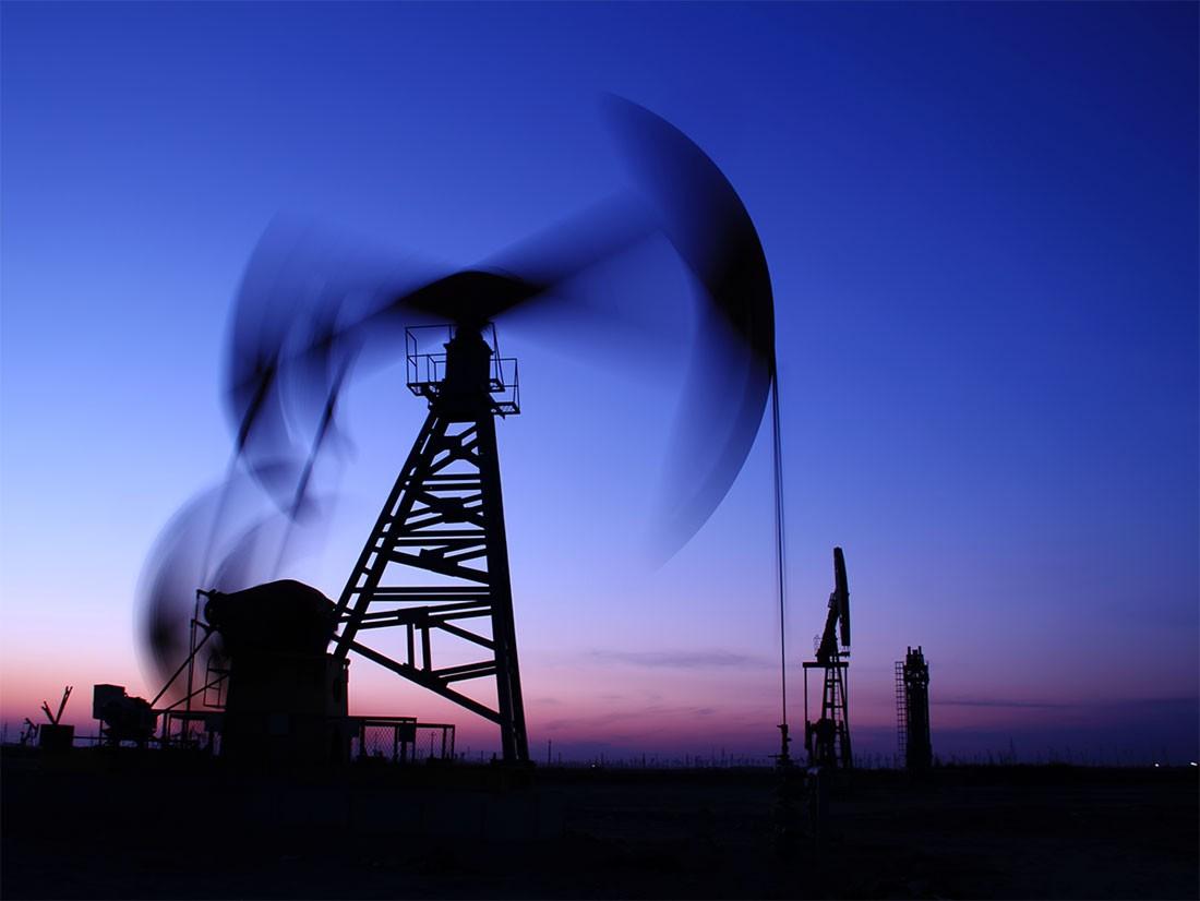 صعود أسعار النفط 15% بعد هجمات أرامكو