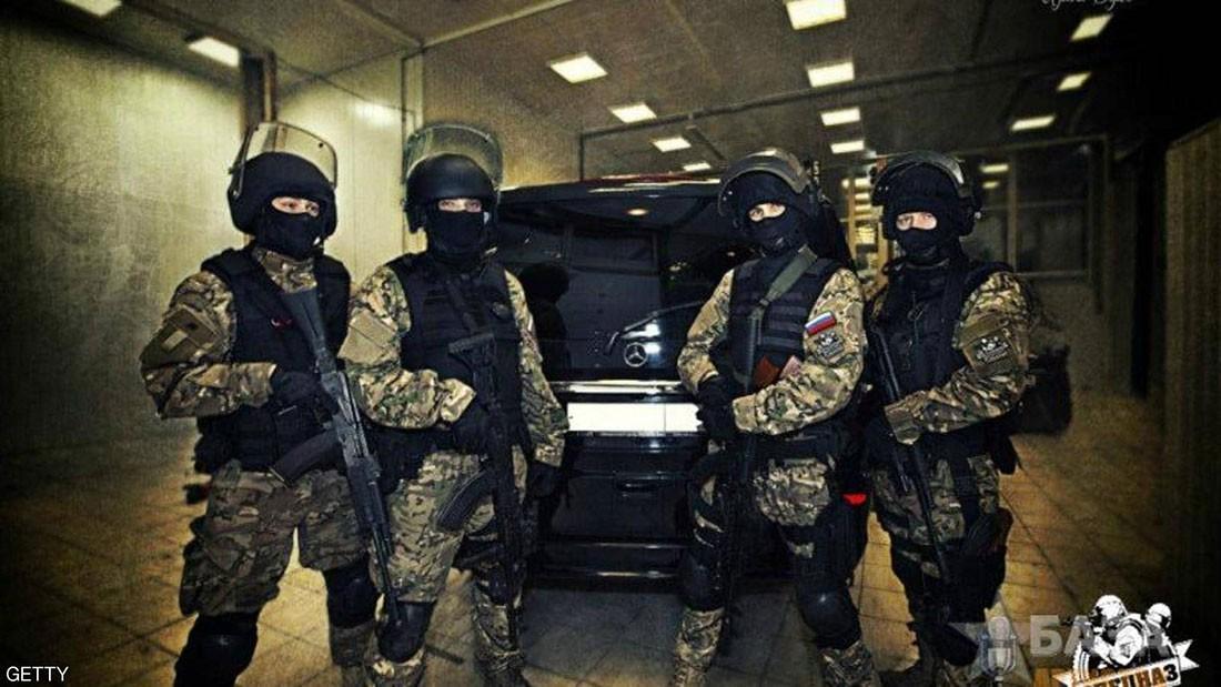 الخطبة على طريقة القوات الخاصة.. موضة جديدة تجتاح روسيا