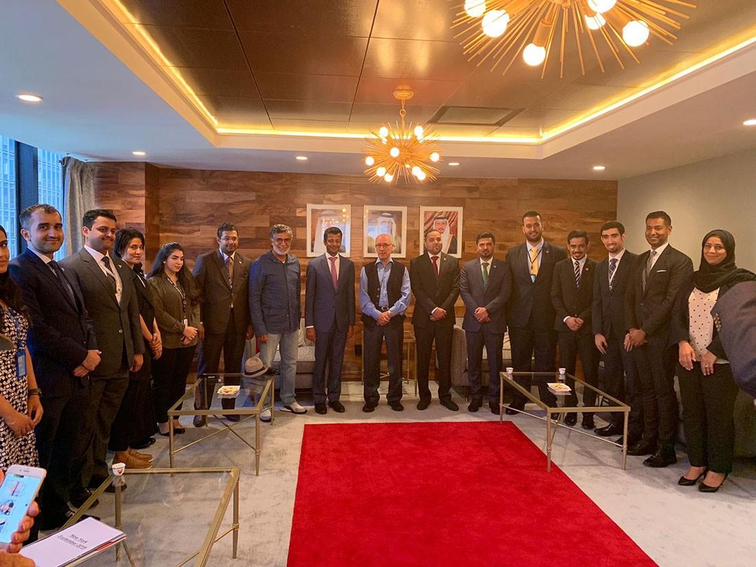 الوزير المطوع يلتقي ببعثة البحرين الدائمة لدى الامم المتحدة
