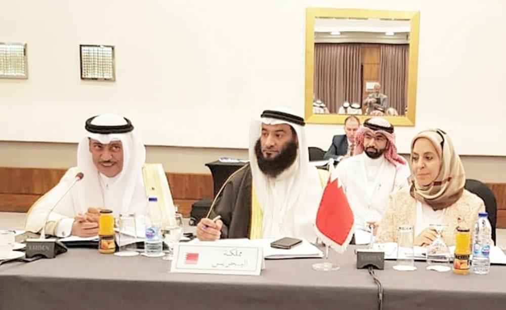 الشعبة البرلمانية تؤكد أهمية حماية حقوق الطفل العربي