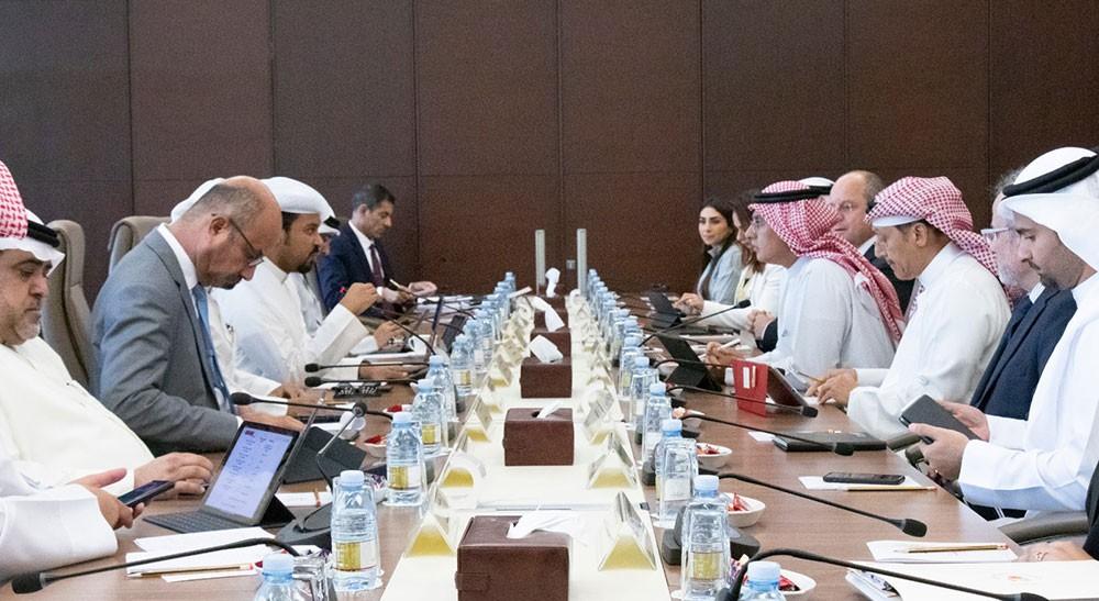 بحرنة الوظائف البرلمانية: 60% نسبة البحرنة في طيران الخليج