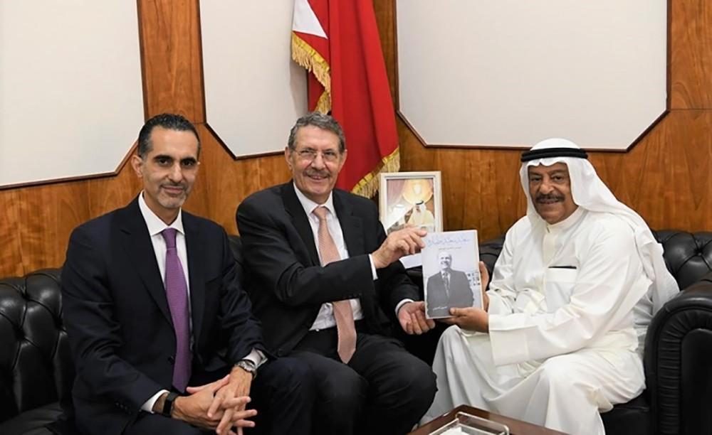 رئيس مجلس الشورى: البحرين تفخر بعطاءات التربويين الأوائل
