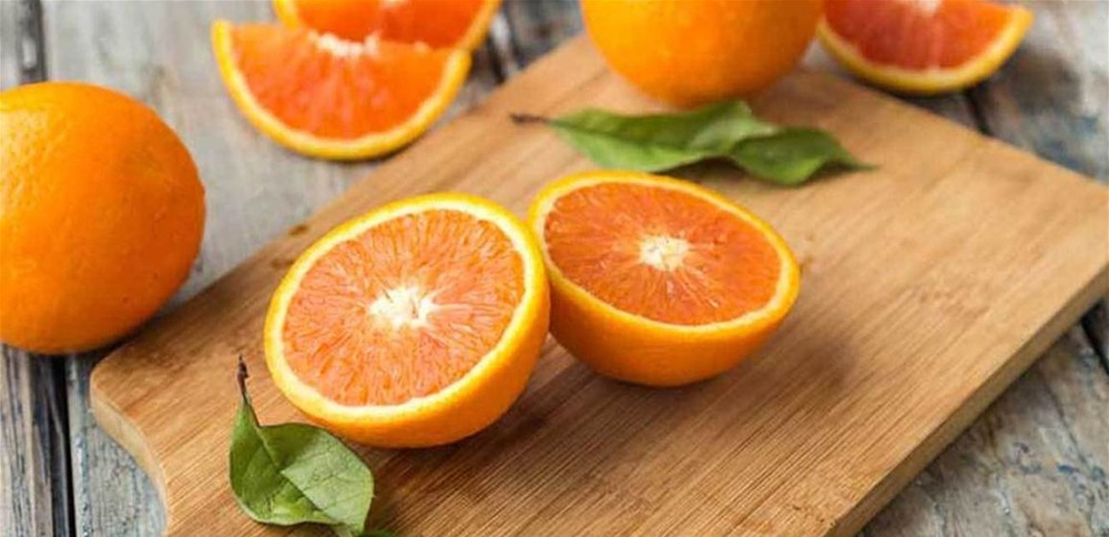 تنبيه.. هذا ما يفعله البرتقال بعيونكم!